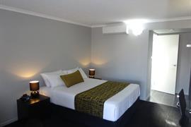 97330_007_Guestroom