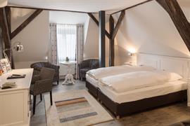 95294_001_Guestroom