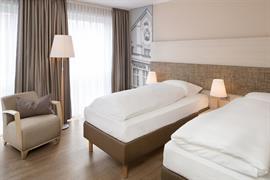 95294_003_Guestroom