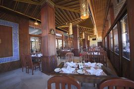 99705_005_Restaurant