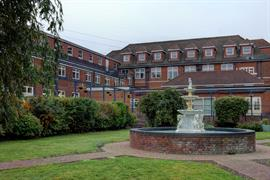 thurrock-hotel-grounds-and-hotel-04-84245