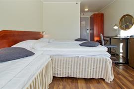 73117_004_Guestroom