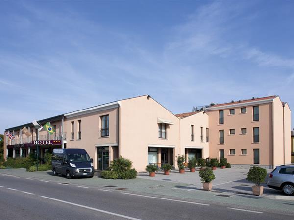 venezia hotels best western. Black Bedroom Furniture Sets. Home Design Ideas