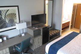 36168_007_Guestroom
