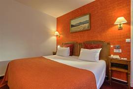 93570_004_Guestroom