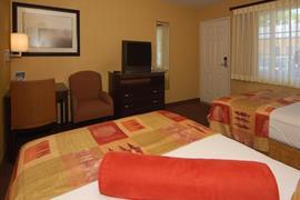 05063_023_Guestroom