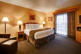 44286_006_Guestroom