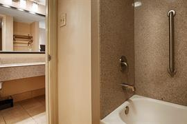 43159_006_Guestroom