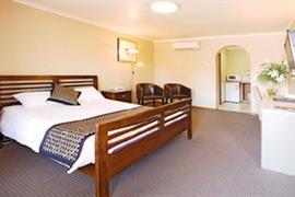 90534_003_Guestroom