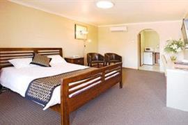 90534_005_Guestroom