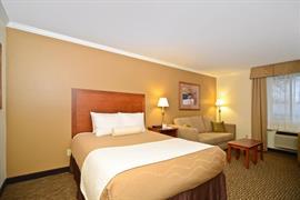 48113_004_Guestroom