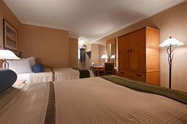 05363_006_Guestroom