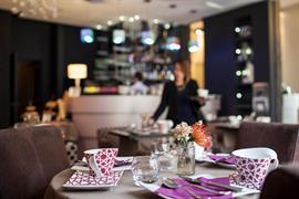 93806_007_Restaurant