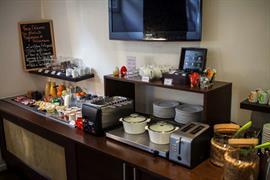 93849_004_Restaurant