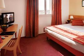 93684_002_Guestroom