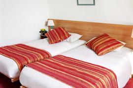 93684_003_Guestroom