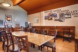 05328_002_Restaurant