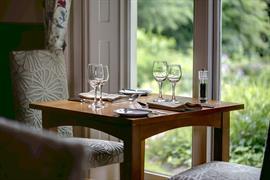 valley-hotel-dining-28-83648