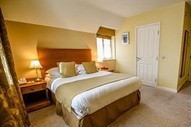 valley-hotel-bedrooms-28-83648