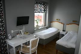 88132_001_Guestroom