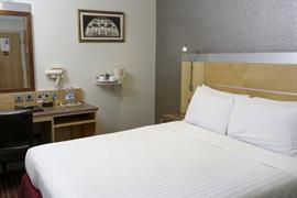 victoria-palace-bedrooms-15-83873
