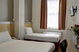 victoria-palace-bedrooms-16-83873