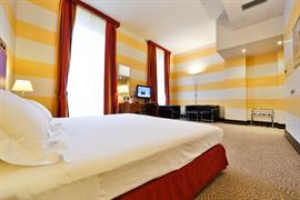 98318_007_Guestroom