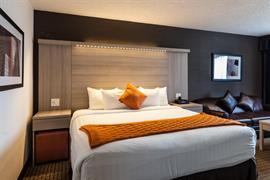 61027_005_Guestroom