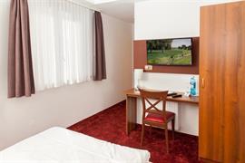 95479_001_Guestroom