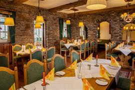95479_005_Restaurant
