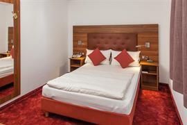 95479_006_Guestroom