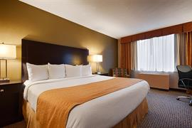 33097_007_Guestroom