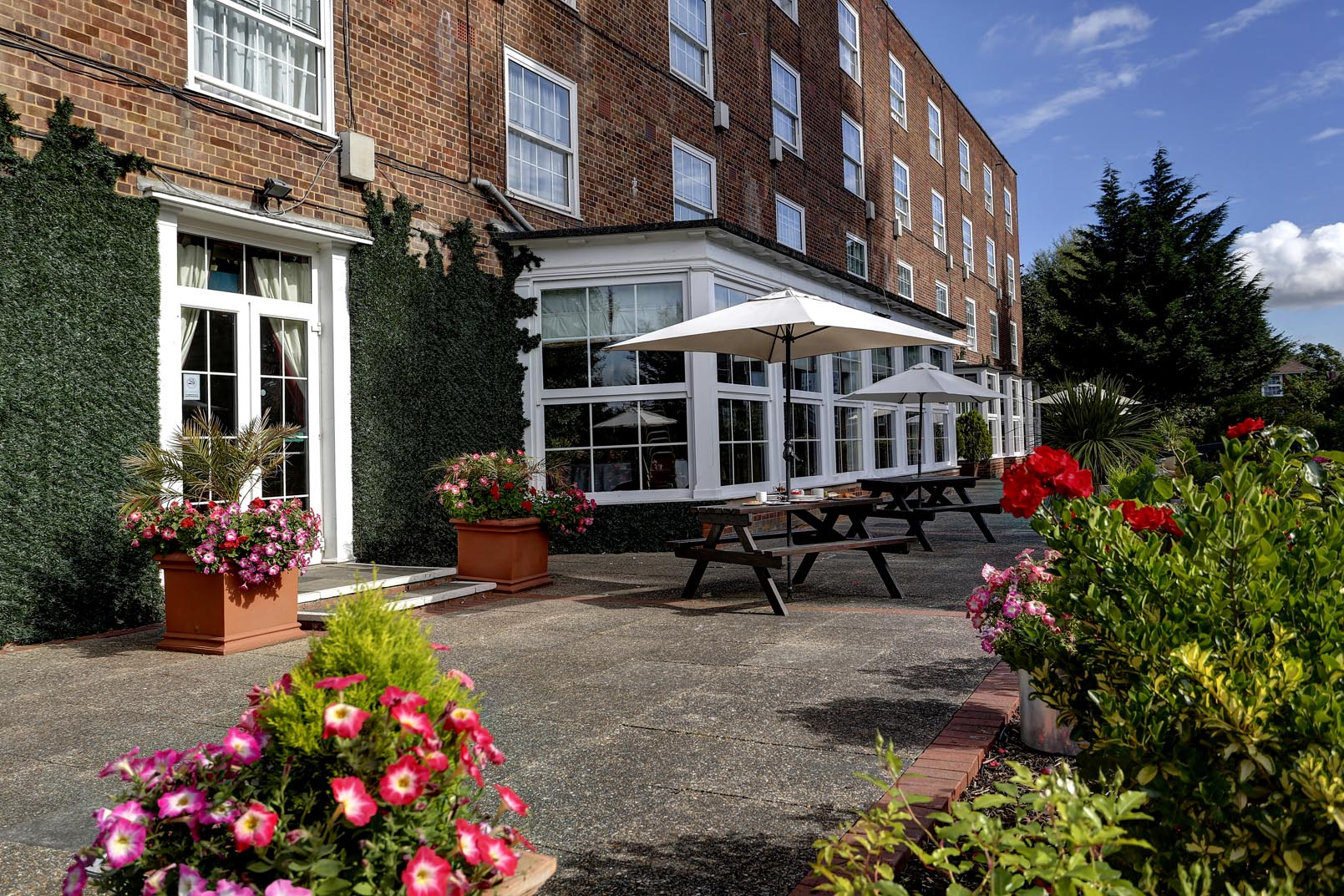 Wonderful ... Homestead Court Hotel Grounds And Hotel 07 83816 ...