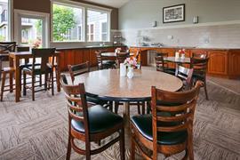 48133_003_Restaurant