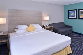39079_002_Guestroom