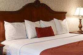 18068_006_Guestroom