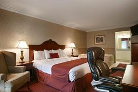 18068_007_Guestroom