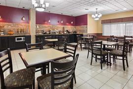 14195_005_Restaurant