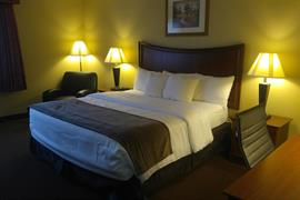 36082_003_Guestroom