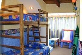 70171_001_Guestroom