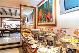 70171_001_Restaurant