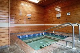 27077_003_Pool