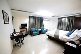 76545_006_Guestroom