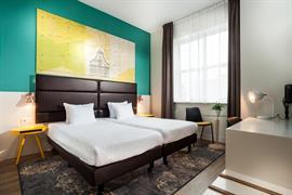 92731_000_Guestroom