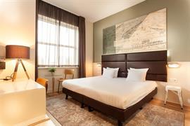 92731_004_Guestroom
