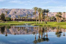 05741_006_Golfcourse