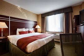 33147_005_Guestroom