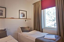 88217_004_Guestroom