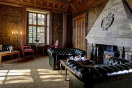 hazlewood-castle-hotel-grounds-and-hotel-08-84203