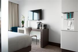 93795_003_Guestroom